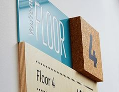 Raumbezeichnung an Türen/Behandlungsräumen