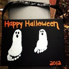 Very easy canvas art for Halloween!  Going to do this with my booboos!