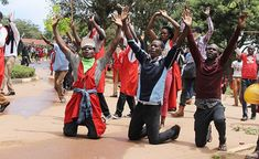 #Corruption #Dictators: They kill education because they would rather rule idiots - #Makerere University   In order to understand the fury of #Museveni shutting down one of Africa's best universities and Uganda's Ivory Tower you need to know what parents sacrifice to send their kids to that school. Parents sacrifice every penny to send their kids to that school. Most sell their land and cows to just buy an education for their kids. Most parwnts used to only send sons but along the way many…