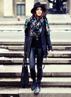 Total black look+floral print (by Kasia Gorol) http://lookbook.nu/look/4634713-Total-Black-Look-Flor