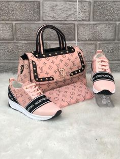 37 Colorful Shoes To Look Cool - ❤Louis Vuitton - Bag Louis Vuitton Sneakers, Louis Vuitton Handbags, Purses And Handbags, Pink Louis Vuitton Bag, Gucci Purses, Replica Handbags, Gucci Handbags, Tote Handbags, Luxury Bags