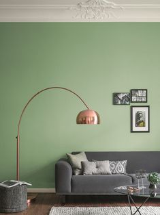 70 best Inspiration Wohnzimmer images on Pinterest in 2018   Home     Komplement    rkontraste auf milde Art  Gr    nt    ne in Kombination mit r    tlichem  Metall wie Kupfer