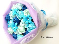Blue tone Bouquet of 17 Fine Origami roses & 6 lilies by Inorigami