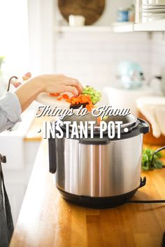 How to use an Instant Pot. 17 tips and tricks to help you succesfully make great meals using an Instant Pot the electric pressure cooking of your choice. Instant Pot Pressure Cooker, Pressure Cooking, Easy Cooking, Cooking Time, Cooking Hacks, How To Cook Rice, Warm Food, No Cook Meals, Real Food Recipes