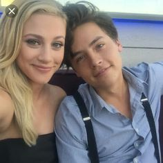 bughead moments from riverdale; the cw teen drama television series based on the characters by archie comics lili reinhart x cole sprouse moments yo. Sprouse Cole, Sprouse Bros, Cole Sprouse Funny, Cole Sprouse Jughead, Dylan Sprouse, Betty Cooper, Bughead Riverdale, Riverdale Memes, Phil Lester