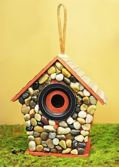 Decorating a Bird House with River Rocks. #DIY