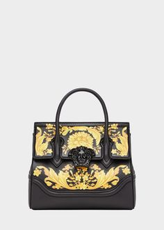 Barocco Palazzo Empire Bag from Versace Women's Collection. This iconic Palazzo Empire bag features the classic Medusa icon closure and includes the Barocco print from Gianni Versace's runway show. Versace Handbags, Versace Bag, Tote Handbags, Purses And Handbags, Gianni Versace, Trending Handbags, What In My Bag, Palazzo, Printed Bags