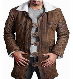 Feather Skin BANE Coat Tom Hardy - Dark Knight Rises Vintage Distressed Look Leather Jacket - Large Invest in this vintage style Bane coat, a timeless cut with a difference. Bane coat - this is a recreation of the coat worn by Tom Hardy in the Movie The Dark Knight Rises. Its a great coat http://www.comparestoreprices.co.uk/leather-coats/feather-skin-bane-coat-tom-hardy--dark-knight-rises-vintage-distressed-look-leather-jacket--large.asp