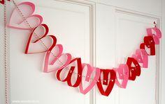 DIY papieren hartjes slinger maken - stap voor stap uitleg | Moodkids