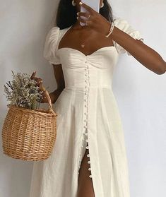 The 22 Best Puff-Sleeve Dresses That Look So Chic | Who What Wear