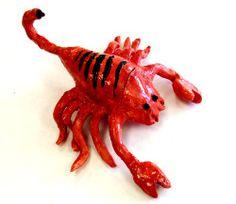 Pinch pot scorpion