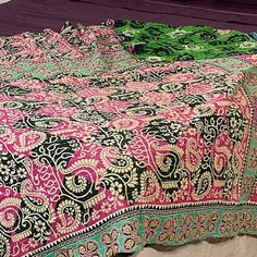 Tablecloth - Vintage Lightweight Beach Throw Blanket 11 Beach Blanket, Picnic Blanket, Linen Tablecloth, Kantha Quilt, Vintage Quilts, Cotton Quilts, Vintage Cotton, Hand Stitching, Sewing