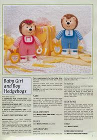"Кукляндия: Журнал ""Ежи"" ( Knitted Hedgehogs by Jean Greenhowe) Knitted Nurse Doll, Knitted Dolls Free, Crochet Toys, Knitting Dolls Free Patterns, Knitting Paterns, Knitting Projects, Simply Knitting, Knitting For Charity, Felt Dolls"