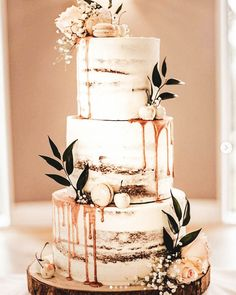 12 Charming Semi-Naked Cakes - Find Your Cake Inspiration Are you seeing this cake trend of semi-naked cake and loving it? Get semi-naked cake inspiration from Find Your Cake Inspiration Wedding Cake Rustic, Beautiful Wedding Cakes, Perfect Wedding, Fall Wedding, Our Wedding, Dream Wedding, Wedding Rings, Beautiful Cakes, Best Wedding Cakes