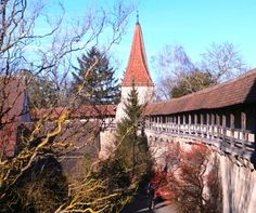 City wall surrounding the historic center of Rothenburg ob der Tauber.