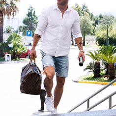 White shirt and #shorts by @magic_fox [ http://ift.tt/1f8LY65 ]