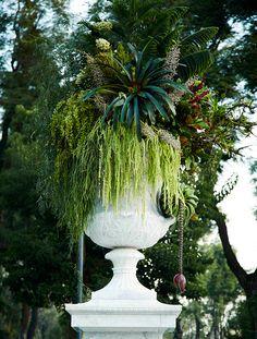 hemiciclo a juárez botanical sculptures by azuma makoto  #flower #art #garden