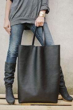 Image of Giant Bag
