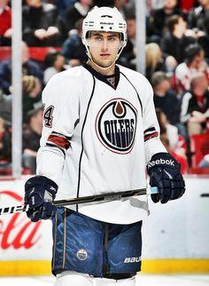 Jordan Eberle • Edmonton Oilers