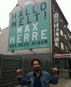 "Max Herre – ""Hallo Welt!"" (Album-Stream, ""Rap am Platz""   Pirate Radio Shack w/ Disaronno)"