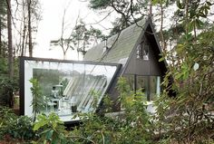 modern glass house addition by dmva architecten 2 thumb 970xauto 17042 A Frame Summer Cabin Gets Glass Addition