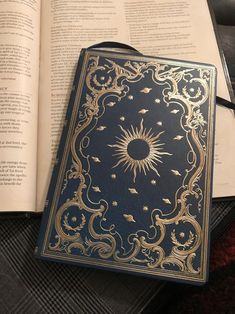 Tagged with oc art, oc, dnd, dndhomebrew; I'm playing my very second D&D campaign next week, so I made a spellbook in preparation! Witch Aesthetic, Book Aesthetic, Magic Book, Book Binding, Book Of Shadows, Ravenclaw, Dungeons And Dragons, Witchcraft, Wiccan