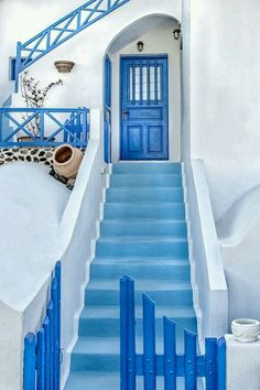 Beautifully Painted Stairs From All Over The World Blue & White of Santorini, Greece One of my favorite places.Blue & White of Santorini, Greece One of my favorite places. Beautiful World, Beautiful Places, Beautiful Stairs, Simply Beautiful, Painted Stairs, Stairway To Heaven, Oh The Places You'll Go, Stairways, Windows And Doors