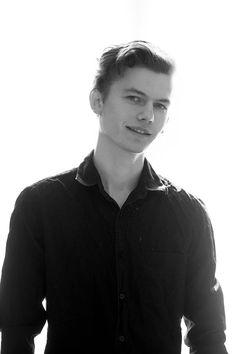 Der Stefashionist: Fashion, Passion & Models: Denis Farcas by Ioan Margineanu