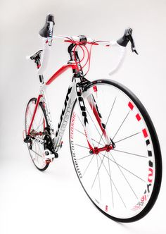 LOOK CYCLES RELEASES SPECIAL EDITION 695 ALCHEMY BIKE #bicycle #LOOK