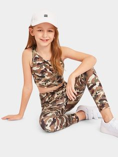 Shop Girls Chain and Camo Tank Top and Leggings Set online. SHEIN offers Girls Chain and Camo Tank Top and Leggings Set & more to fit your fashionable needs. Teenage Girl Outfits, Kids Outfits Girls, Cute Girl Outfits, Girls Fashion Clothes, Kids Girls, Cute Girls, Fashion Outfits, Look Fashion, Girl Fashion