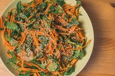 Salade épicée Thaï de carottes - De bouche à table