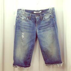 Joes jeans Joes jeans long shorts, Capri pants. Purposely distressed. Cuffed fringed hem. Excellent condition. Great, versatile piece Joe's Jeans Jeans Boyfriend