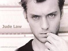Картинки по запросу jude law magazine