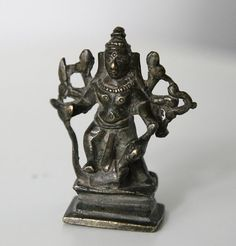 Catawiki online auction house: Durga devotional brass figure - India - 19th / 20th century