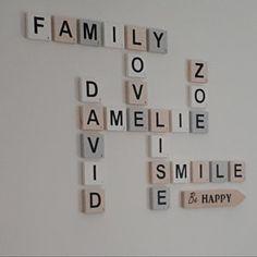 Amélie a ajouté une photo de son achat Deco Scrabble, Scrabble Letters, Name Letters, Wooden Letters, Vintage Jewelry Crafts, Diy Jewelry, Childrens Bedroom Decor, Letter Wall Decor, Tile Projects