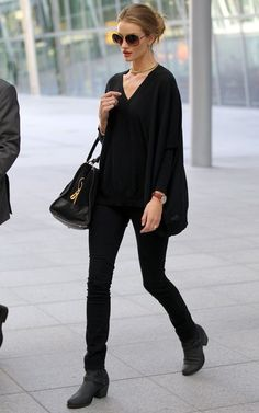Rosie Huntington Whiteley ~ her airport style is hands down the epitome of effortless chic. Always put together but never over the top. This is providing plenty of inspiration for easy, cool weather looks.