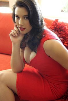 FLOSSIE: Blowjobs from latinas