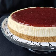 Image may contain: food Baked Cheesecake Recipe, Cheesecake Brownies, Sweets Recipes, Desserts, Mini Cheesecakes, Turkish Recipes, Bread Baking, Cake Cookies, Bakery