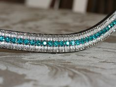 Blue zircon, clear and black diamond megabling curve browband Skull Jewelry, Hippie Jewelry, Equestrian Outfits, Equestrian Style, English Horse Tack, Equestrian Collections, Horse Accessories, Horse Gear, Hobby Horse