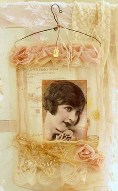 love this vintagey frame