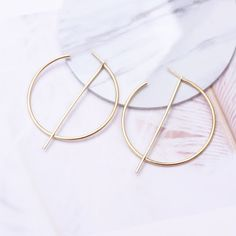 New Fashion Exaggerated Big Circle Round Drop Earrings – GoFashionova 80s Earrings, Tassel Earrings, Dangle Earrings, Jewelry Accessories, Women Jewelry, Fashion Jewelry, Earring Hole, Geometric Star, Earring Trends