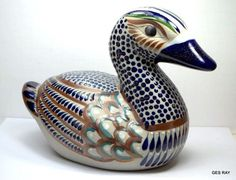 FolkArt Vintage Signed  MATEOS Mexico Pottery Ceramic Duck Bird Figurine Mexican Duck Bird, Pretty Animals, Hand Painted Signs, Mexican Folk Art, Vintage Signs, Etsy Seller, Sculptures, Mexico, Pottery