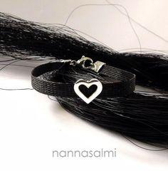 Bracelet Puella, woven ribbon made with your own horse´s hair www.nannasalmi.com www.nannasalmi.fi