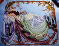 Mirabilia Sleeping Beauty