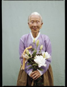 Min Hyunwoo visits Korean villages to photograph the wit and wisdom of grandmothers Reference Images, Photo Reference, Calming Backgrounds, Vogue Korea, Wit And Wisdom, Portrait Lighting, Hyun Woo, Its Nice That, Tumblr