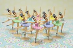 I love the vintage charm of these ballerina cupcake toppers.