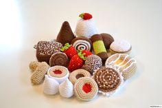 virkade kakor,virkade finska pinnar,virkad,rulltårta,virkad wienerbröd,virkade maränger,virkad chokladboll,virkad mazarin,virkad dammsugare,...