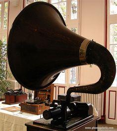 Black phonograph