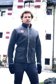 Leather Jacket, Jackets, Fashion, Taschen, Studded Leather Jacket, Down Jackets, Moda, Fashion Styles