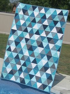 Bermuda Triangle {a finished quilt!!} By Material Girl Quilts